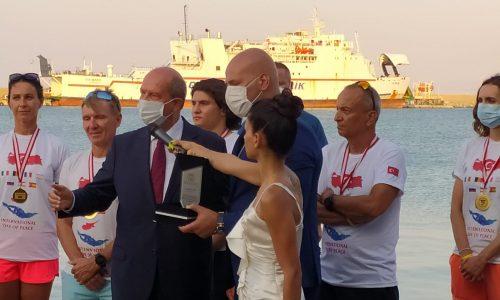 KKTC ile Türkiye Arasında Yüzülen Akdeniz Barış Parkuru Ödül Töreni Yapıldı